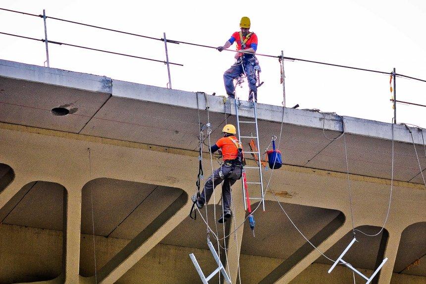 Trabajos Verticales Industrial Bizkaia Aprolan